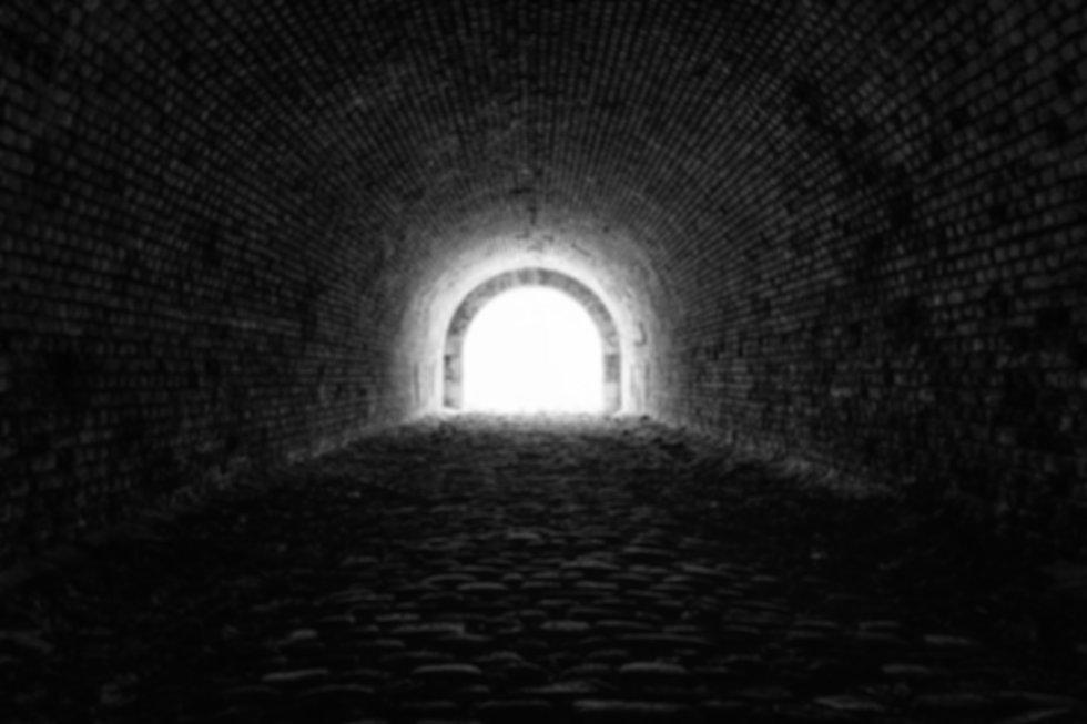 tunnel-3915169_1920.jpg