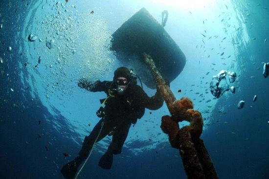 Mooring Buoy Installation & Repair