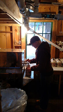 bottling maple syrup