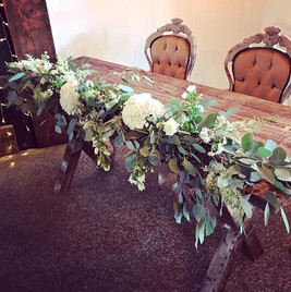 NATURAL STYLE CEREMONY TABLE FLOWERS  We