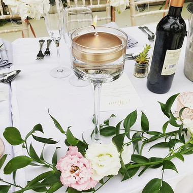 Top table decor... with delicate flowers