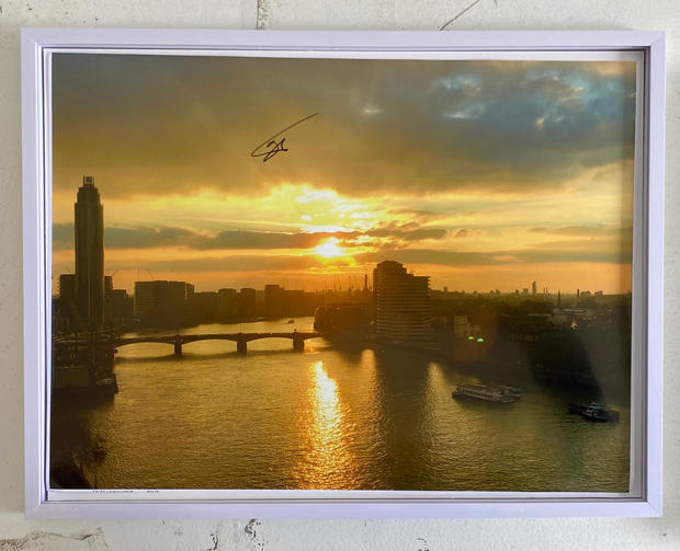Title: Thames Looking towards Vauxhall. Size: 17x13 inches