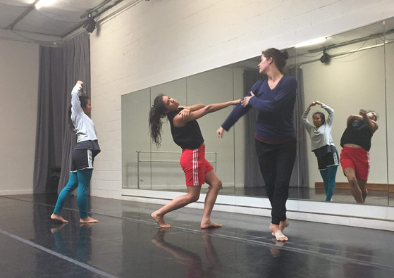 """In rehearsal for """"ORZ"""" with Greenmatch Works Photo by Dolly Wei Mei Huang"""