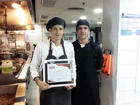 Entrega de certificados, capacitación sobre uso y manejo de extintores Hotel Sheraton Asuncion.