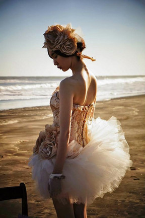 New headpieces for summer bridal scene.