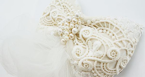 Embroidery bow Headpiece