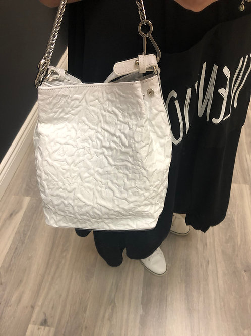 White Purse with Curves