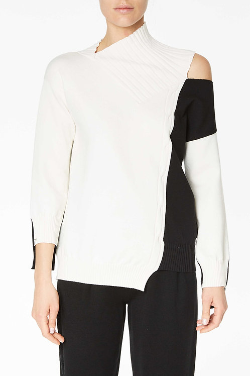 TWO-TONE KNITTED SWEATER