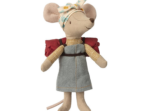 Hiker Mouse Sister