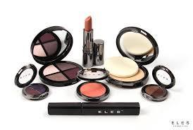 Eles_Makeup_pic.jpg