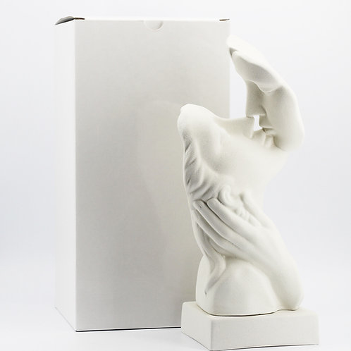 Statua bacio bianca gres - Parigi Ilary Queen