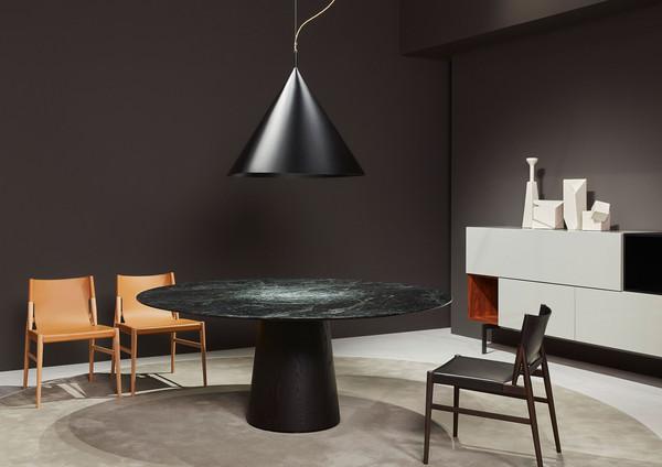 Porro round Table
