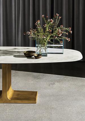 Sovet Table
