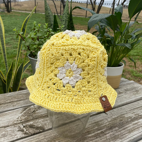Crochet Bucket Hat - Lemon Daisy