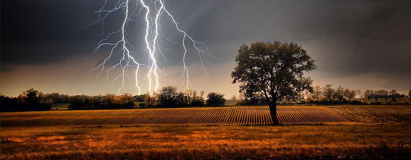 Lightning%20over%20field_edited.jpg