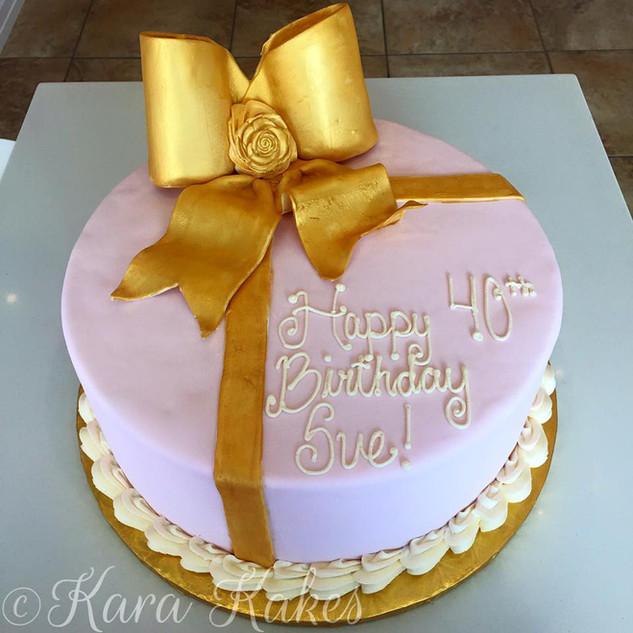 Gold Fondant Bow Cake