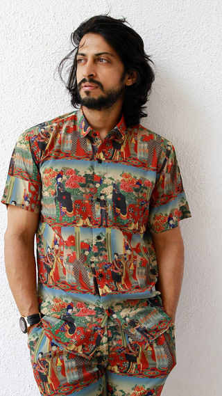 Mens-Shirt-QuirkBox-MJ1.jpg