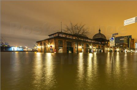 Sturmflut am Hamburger Fischmarkt