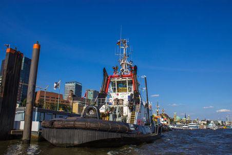 Schlepper Hamburger Hafen