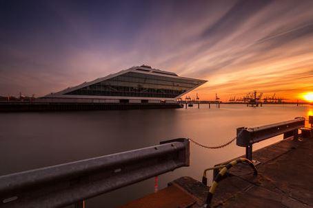 Hamburg Dockland an der Elbe