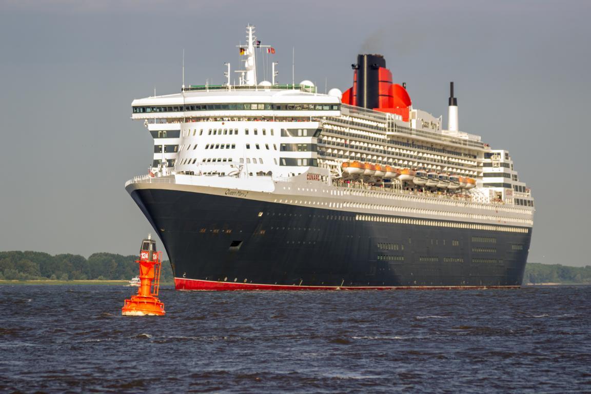 Queen Mary 2 Gigant der Meere in Ham