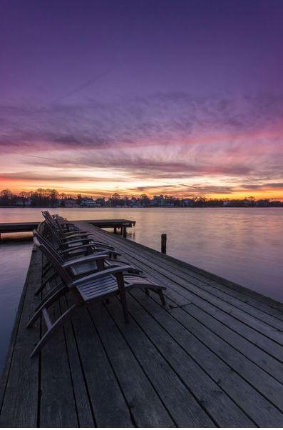 Morgens auf dem Steg zum Sonnenaufga