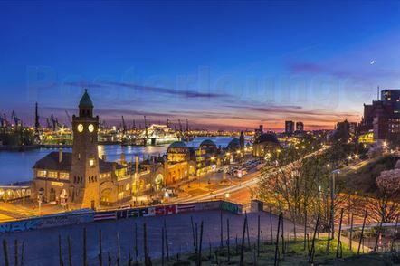 Landunsbrücken Hamburg Hafen