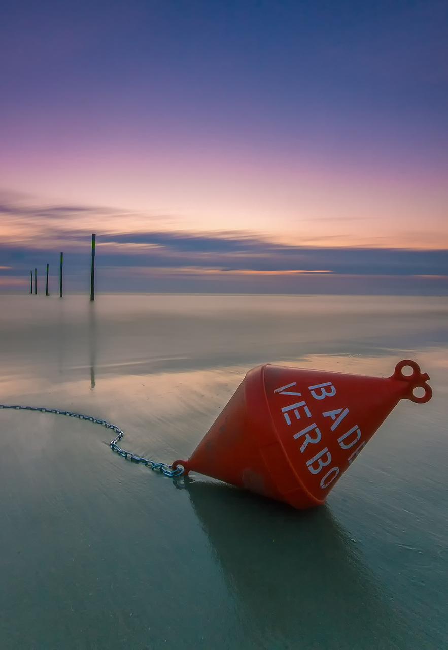 Baden Verboten Boje am Meer