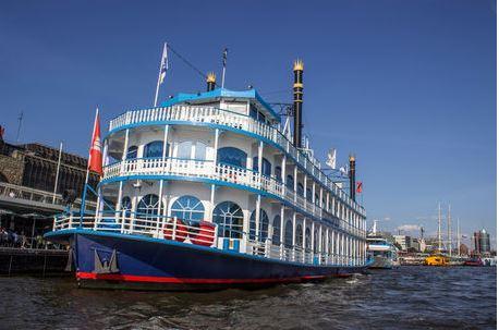 Louisiana-Star im Hamburger Hafen
