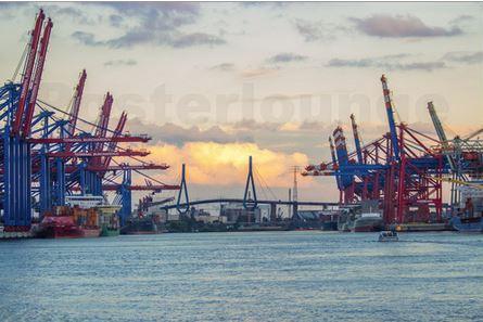 Container Umschlagplatz Hamburg