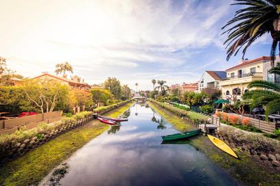 Venice Canal Reflectinoscopy