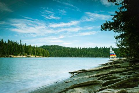 Set Sail On Gold Lake
