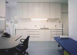 整形外科クリニック診察室