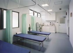 整形外科クリニック処置室