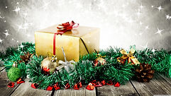 wrapped_christmas_present-wallpaper-3840