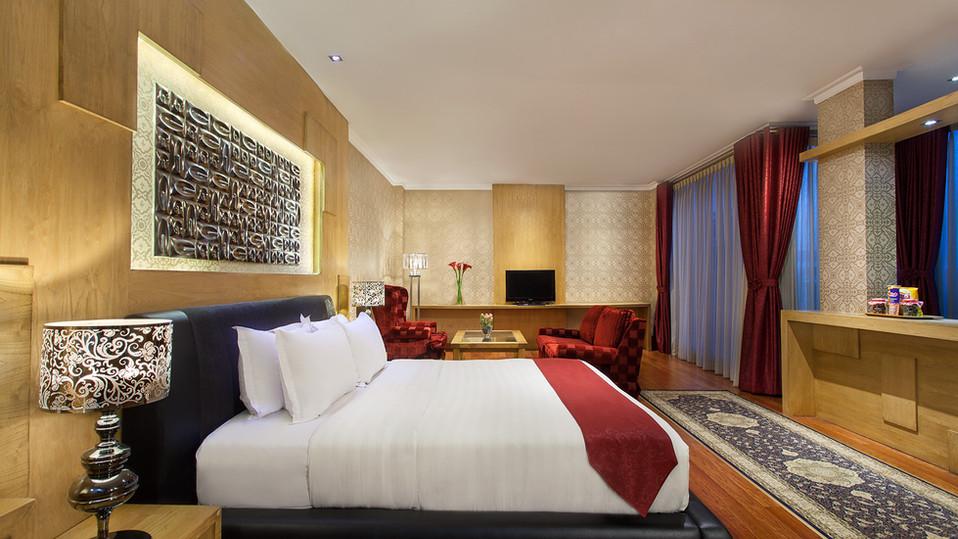 Room 05 -1.jpg