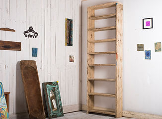 Made to measure bookcases and shelves