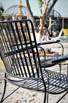 כיסא מברזל