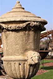 פסל מאבן לגינה