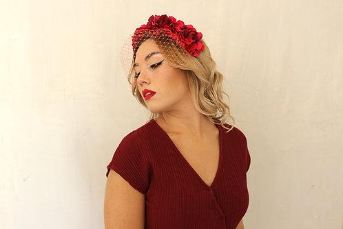 Corona de Flores Rosa y Rojo con Velo