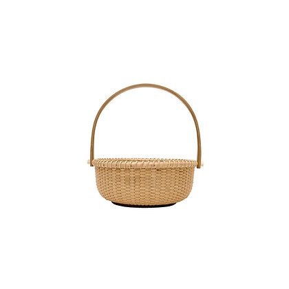 "4"" Shallow Round Nantucket Basket by Bill and Judy Sayle"