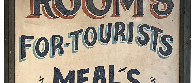 """""""Rooms for Tourists, Meals"""" Sign"""