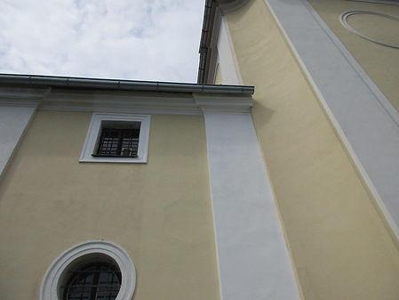 32_kostel_Chuchle_-_po_opravě_a_nátěr