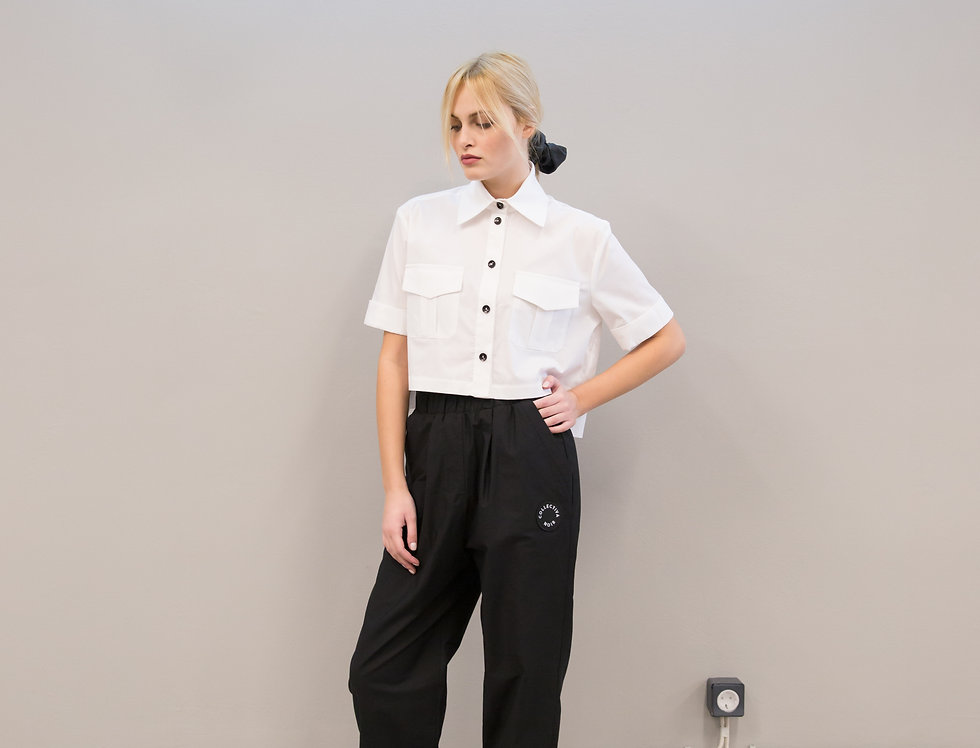 Wonder buttoned trousers