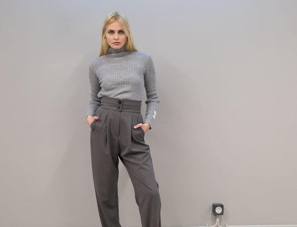 Set trousers