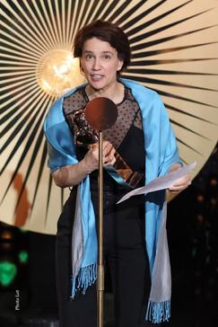 Charlotte Rondelez représentant Ophélia Kolb, Molière de la Comédienne dans un second rôle