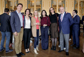 De gauche à droite : Thibaud Houdinière, Charlotte Rondelez, Ophélia Kolb, Cristiana Reali, Fleu Houdinière, Jean-Claude Houdinière