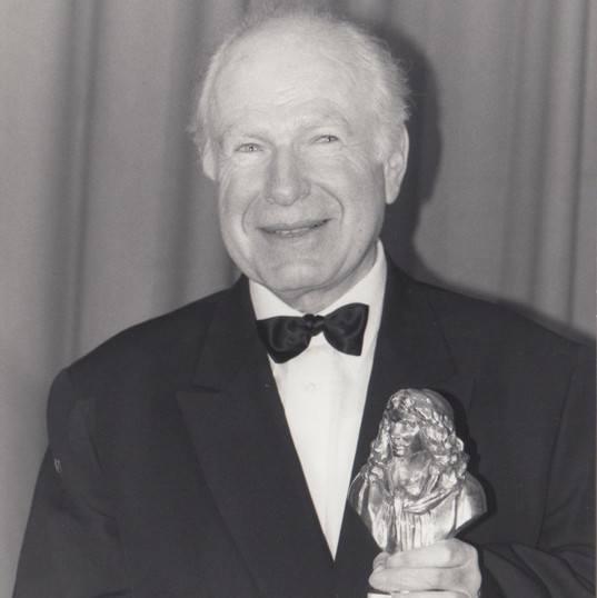 Peter_Brook_crédit_photo_J.F._RAULT.jpeg