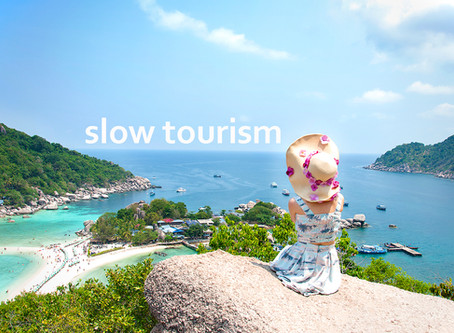 Ας ενθαρρύνουμε τον slow tourism για να σταματήσουμε τον μαζικό τουρισμό!