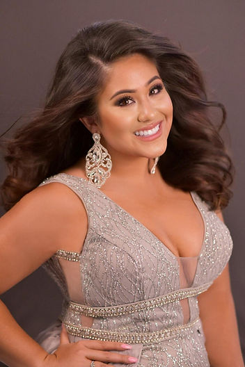 Malea Boggess Miss Washington ad page ph